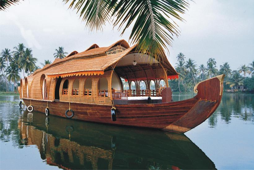 CHERAVALLY HOUSEBOAT