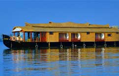 CASABLANCA- HOUSEBOAT